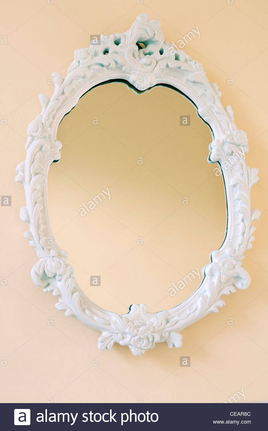 Baroque style white painted contemporary mirror stock for White baroque style mirror