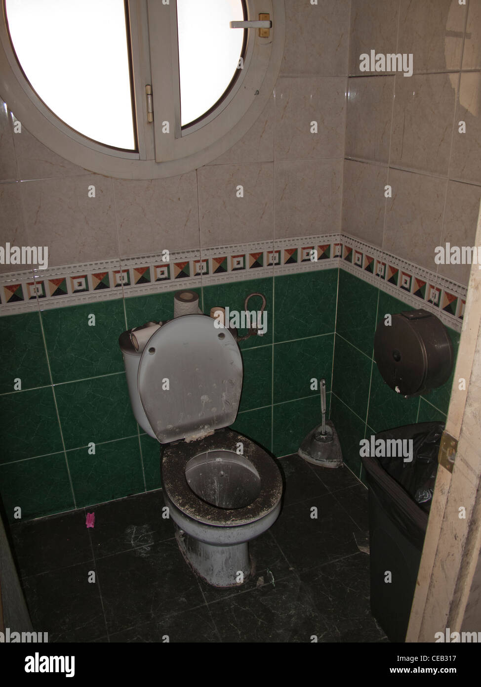Filthy Toilet Stock Photos amp Filthy Toilet Stock Images Alamy. Filthy Bathroom