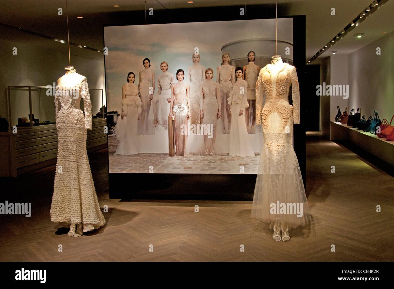Souvent Givenchy Store Shop Couture Paris France fashion designer  CF38