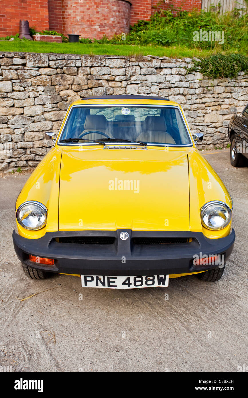 A Yellow Mg Sports Car Pickering North Yorkshire Uk Stock Photo