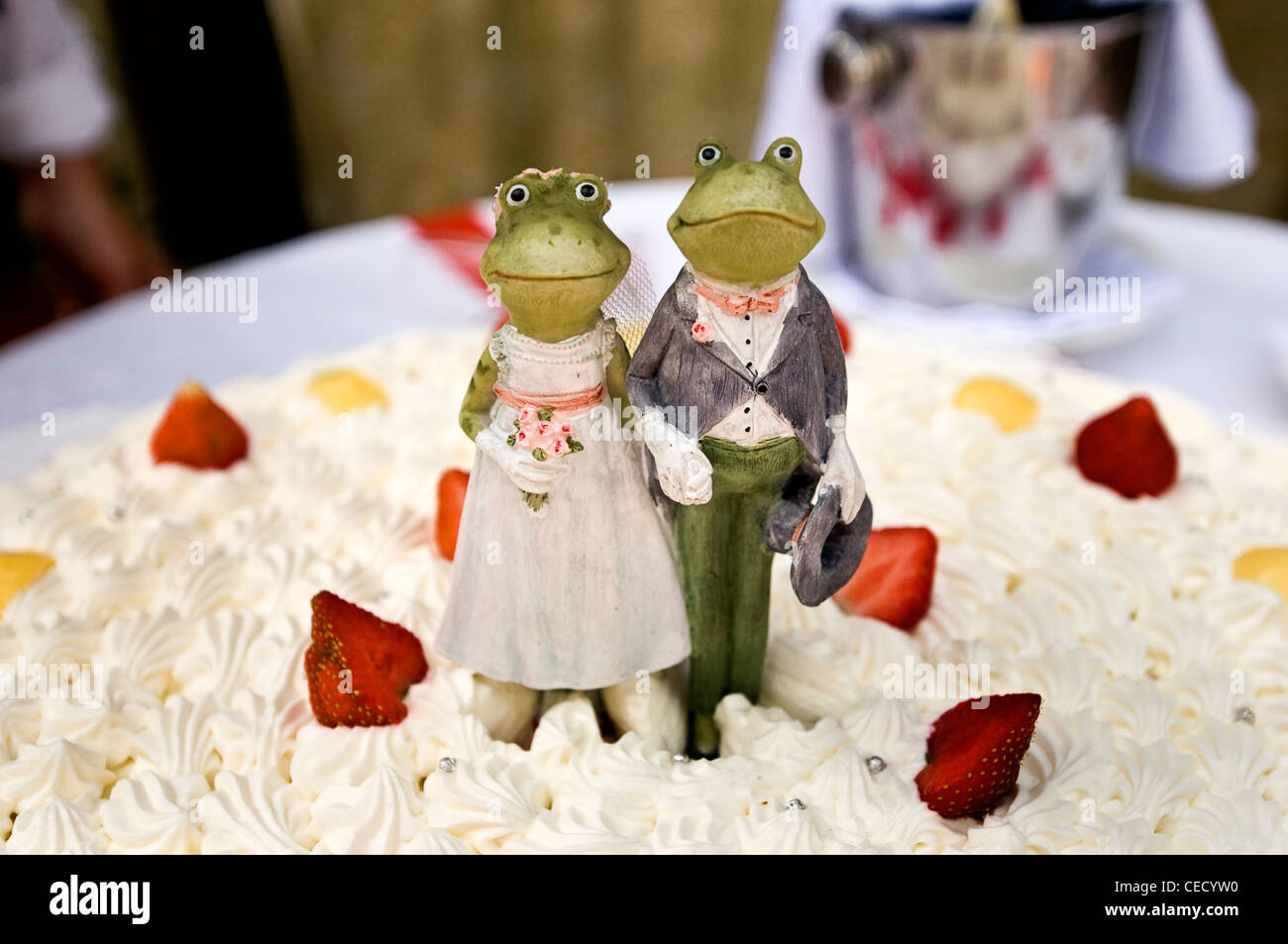 frog wedding cake topper at an italian wedding Stock Photo