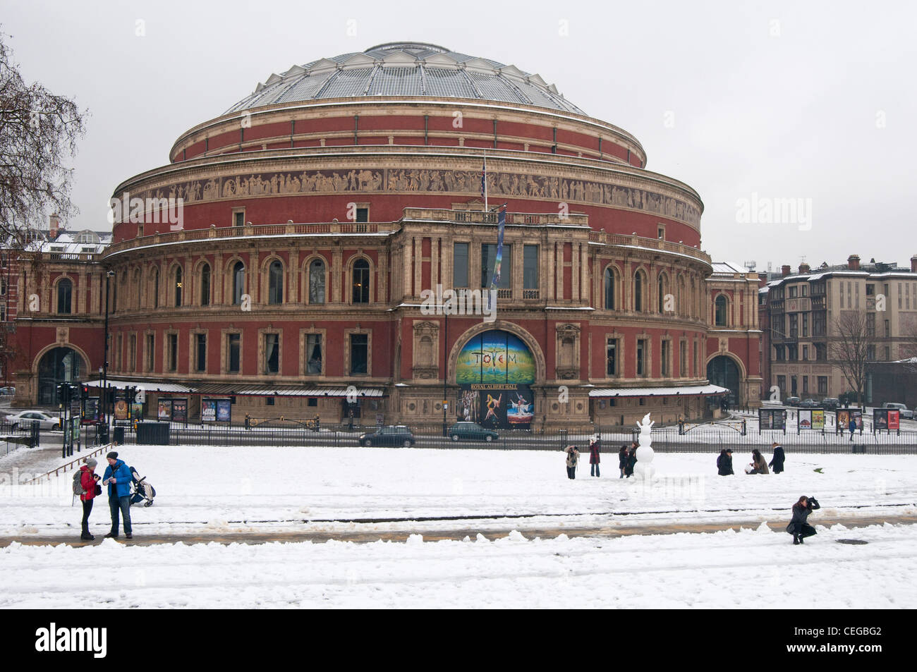 The royal albert hall in the snow royal park in london for Door 8 albert hall
