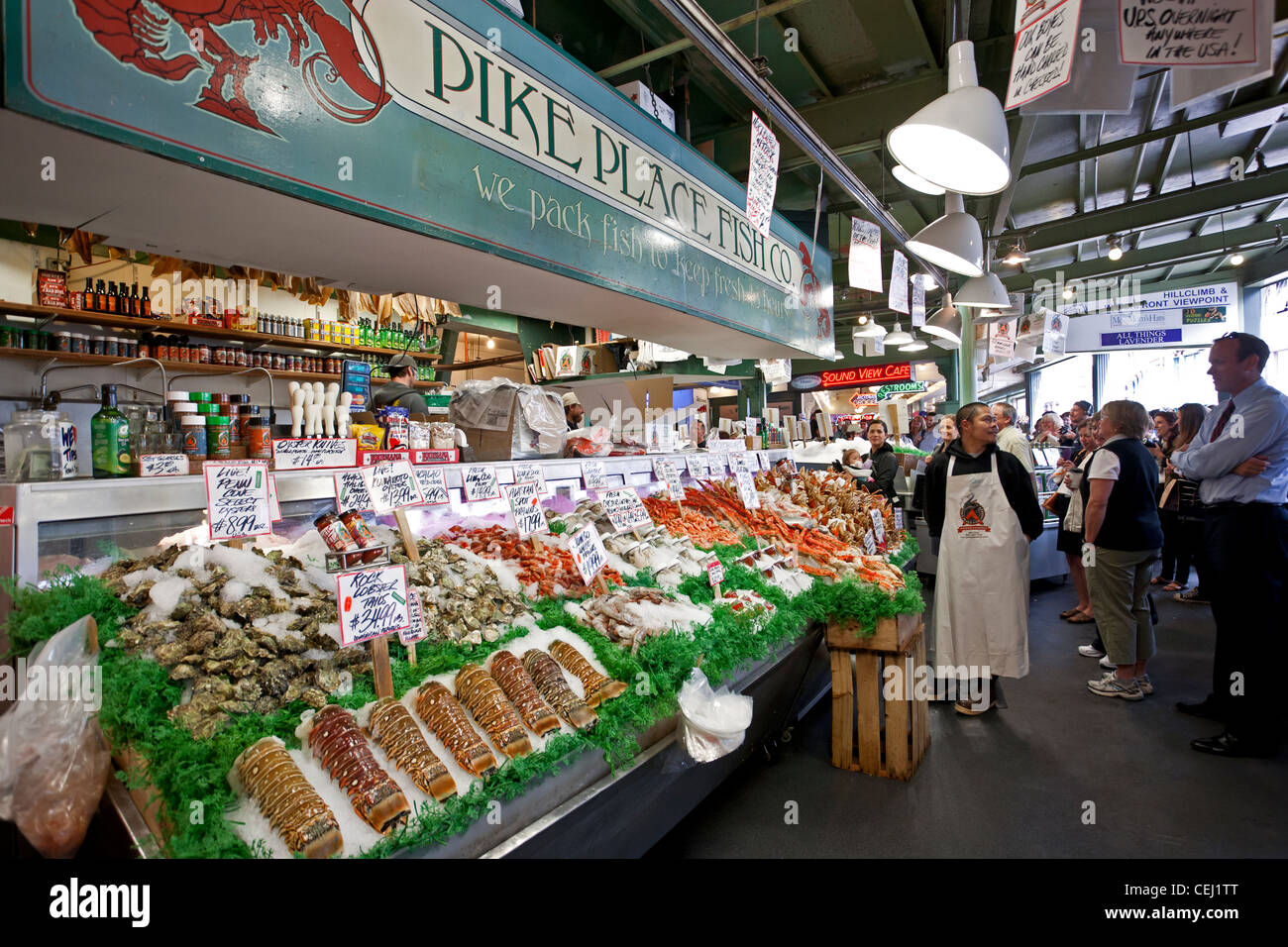 Seafood shop pike place market seattle usa stock photo for Fishing store seattle