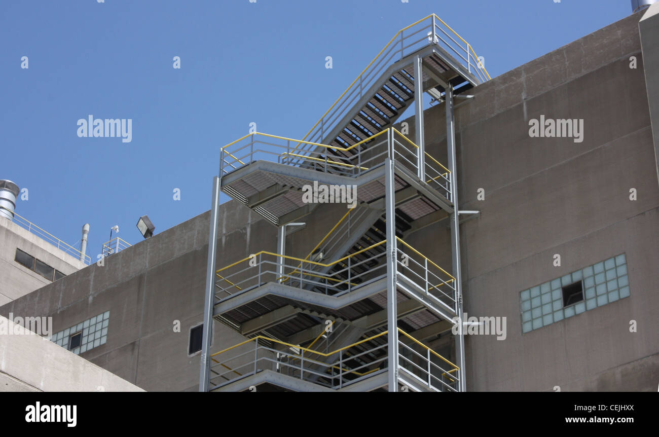 House Exterior Stair Tower : Roof access stairs on the exterior of an concrete