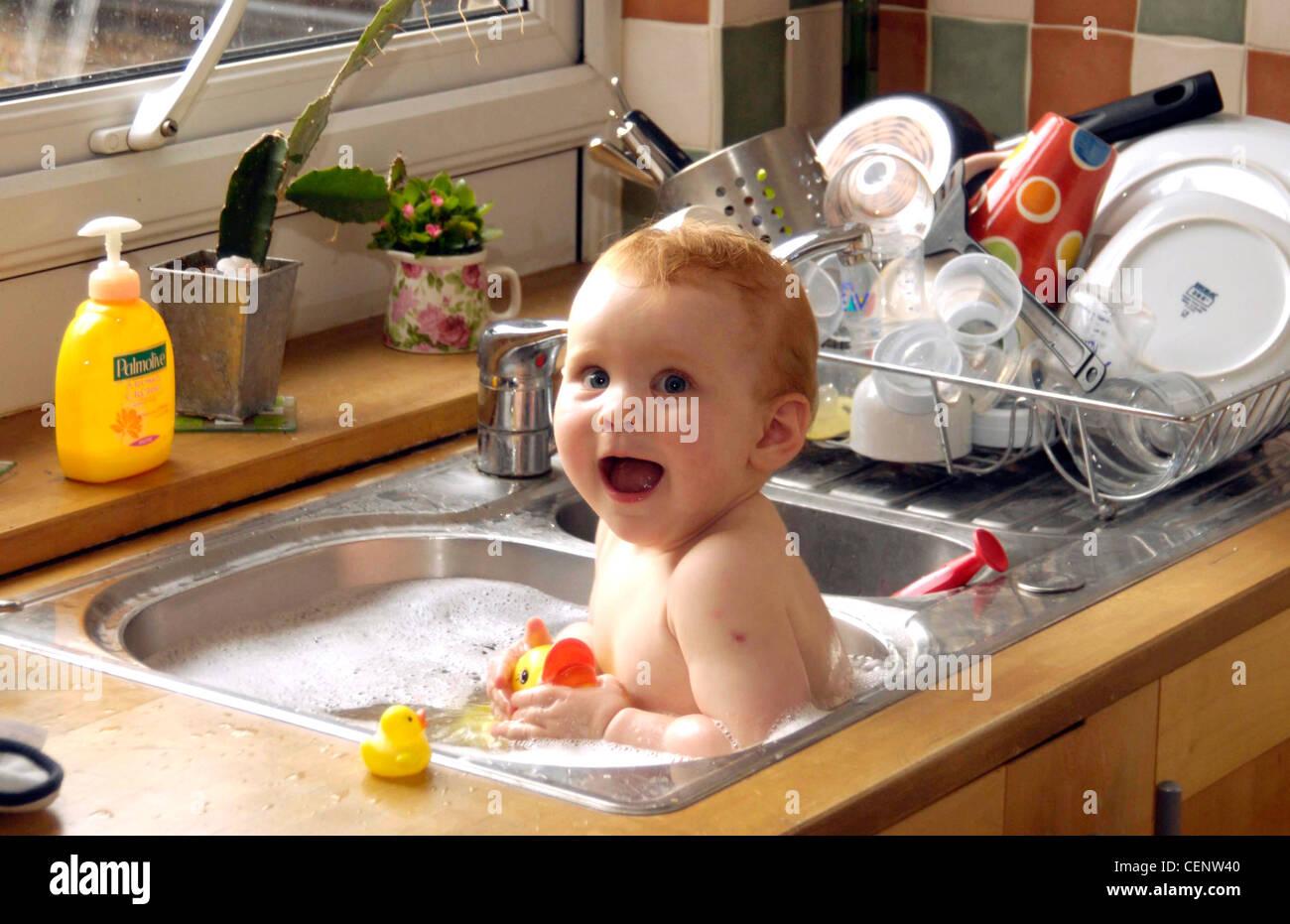 Kitchen Sink Espanol