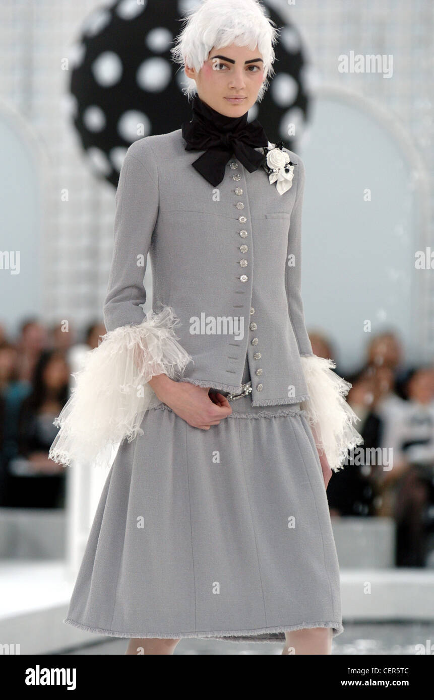 Chanel paris haute couture spring summer grey skirt suit for Haute couture shopping