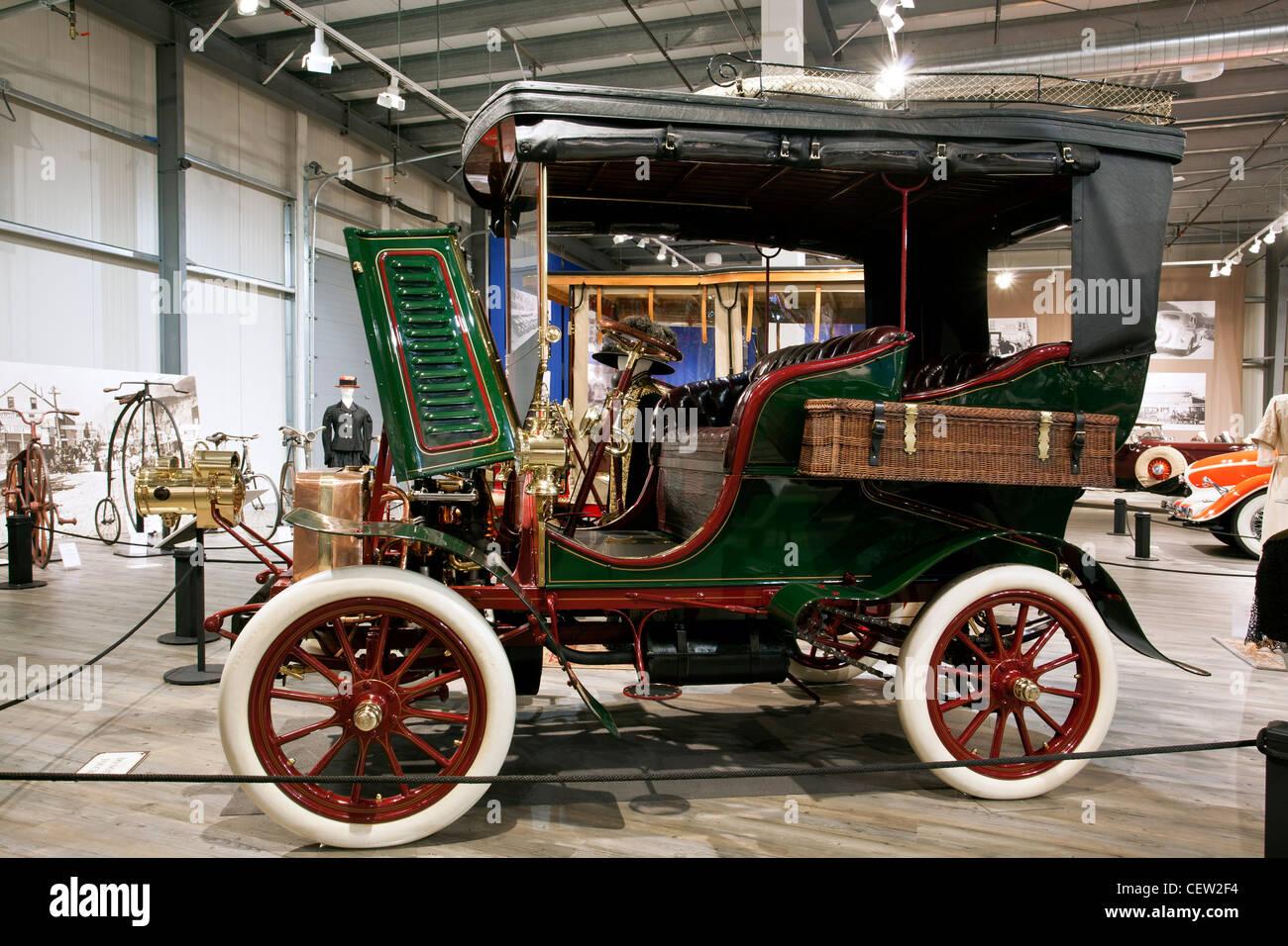 Toledo Fountainhead Antique Auto Museum Fairbanks Alaska - Classic car museums in usa