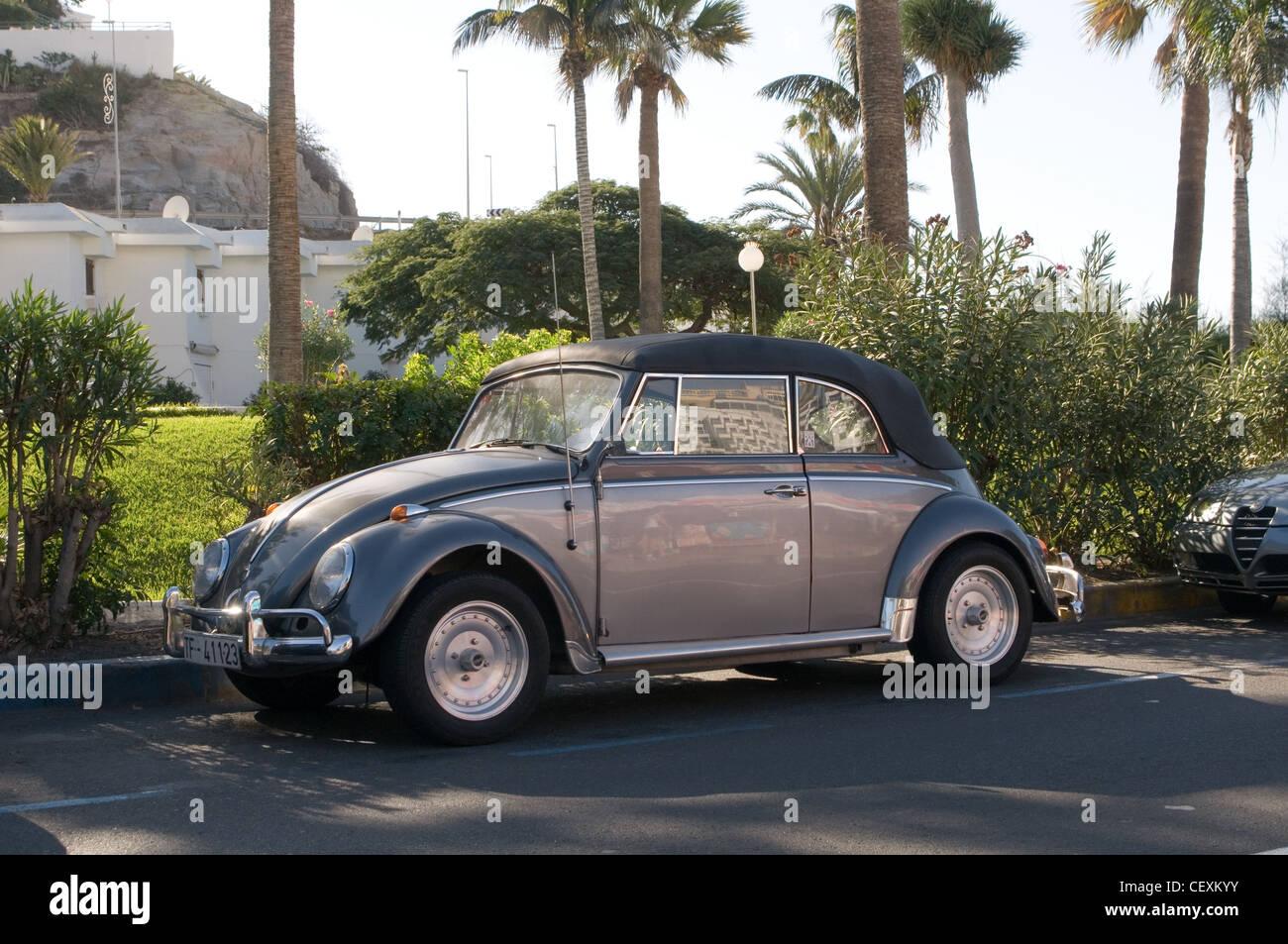 Volkswagen Beetle Modified Car Stock Photos & Volkswagen Beetle ...