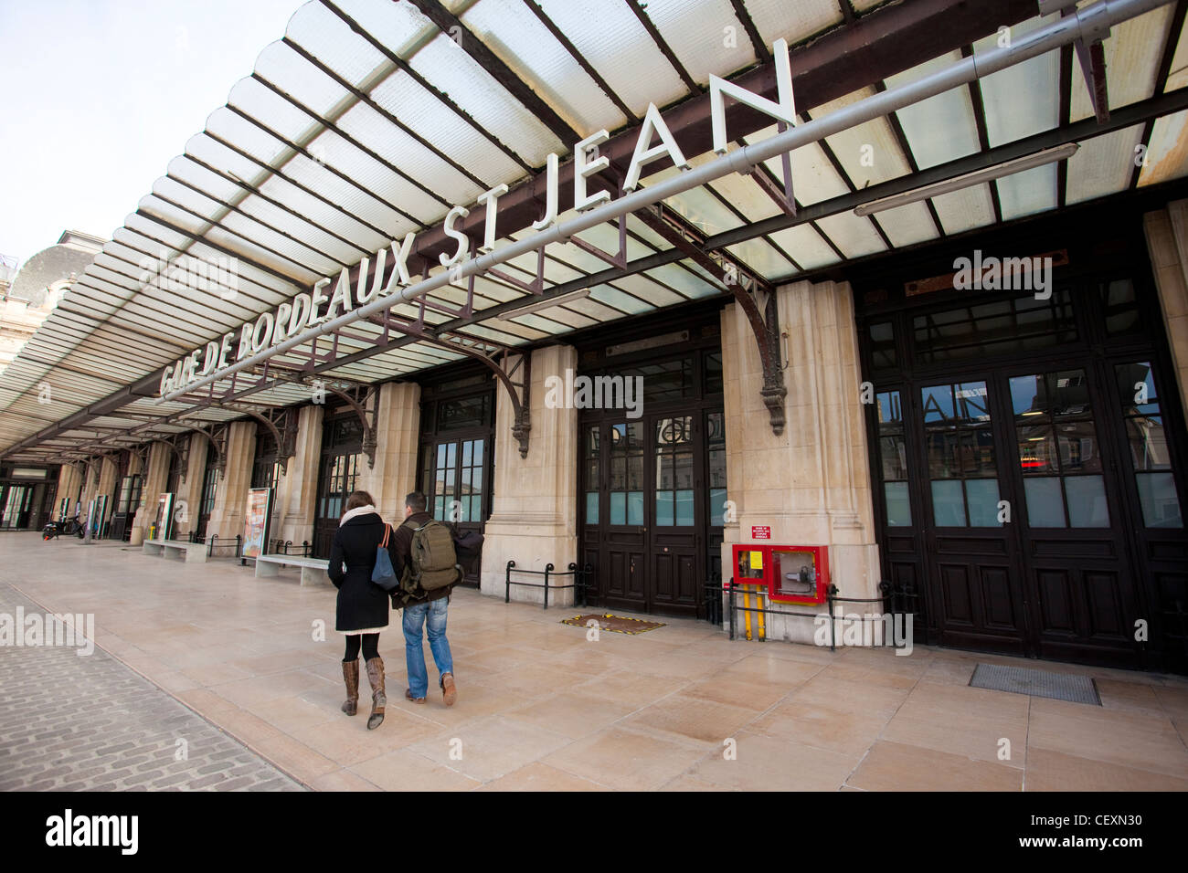gare de bordeaux st jean railway station bordeaux france. Black Bedroom Furniture Sets. Home Design Ideas