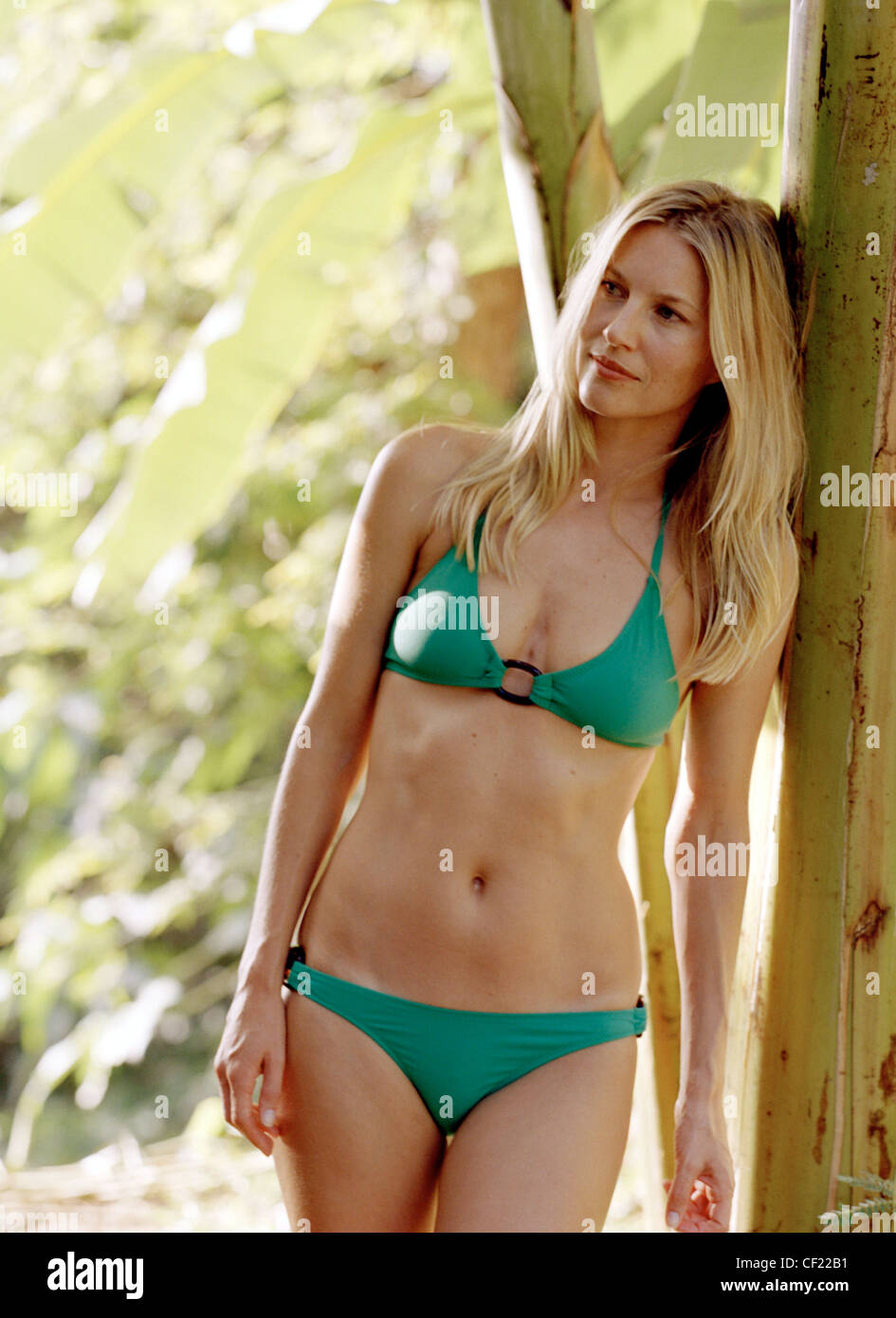 Green bikini and braces pics