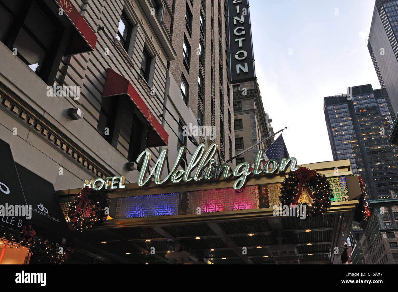 the wellington hotel manhattan new york usa stock photo. Black Bedroom Furniture Sets. Home Design Ideas