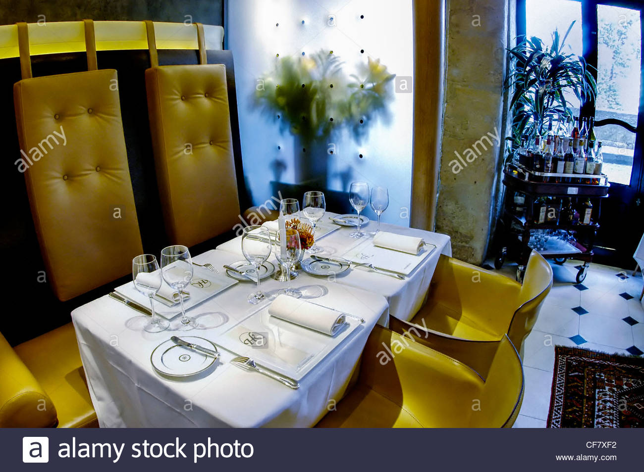 paris france haute cuisine restaurant hiramatsu stock photo royalty free image 43815046. Black Bedroom Furniture Sets. Home Design Ideas