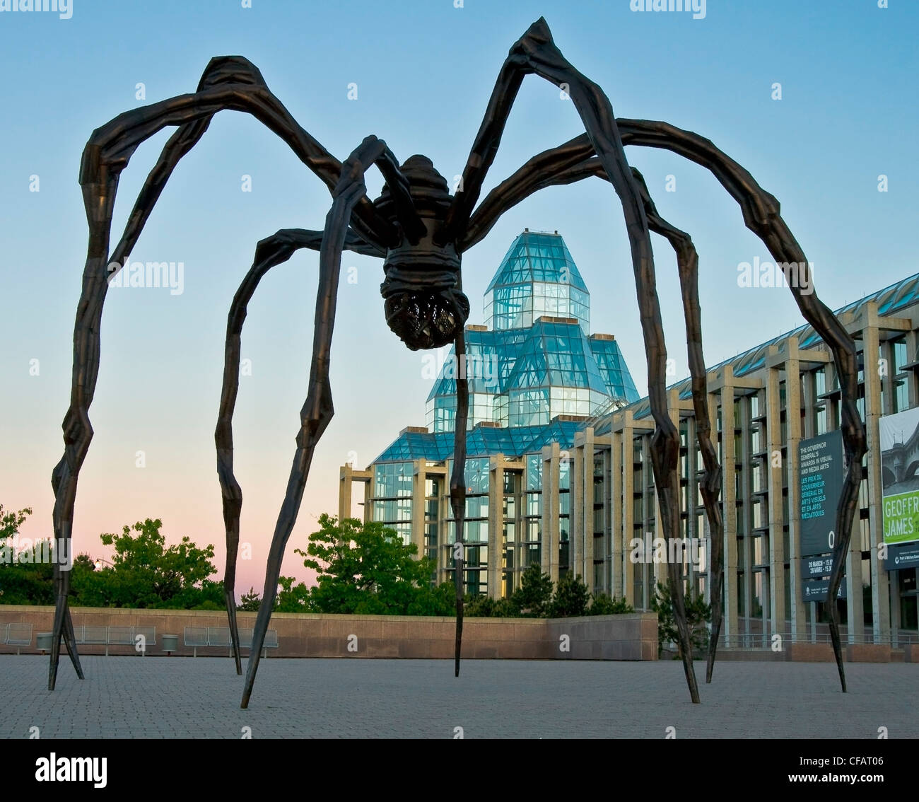 Garden Statues Ontario: Spider Sculpture Named Maman Outside The National Gallery