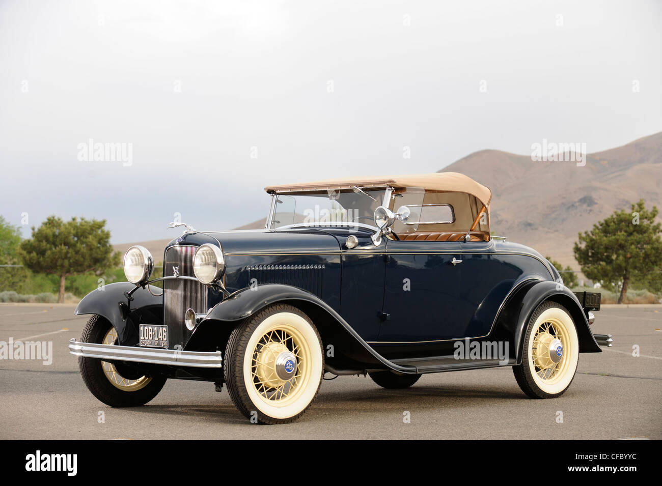 1932 Ford 18 V8 Deluxe Roasdster Stock Photo Royalty Free