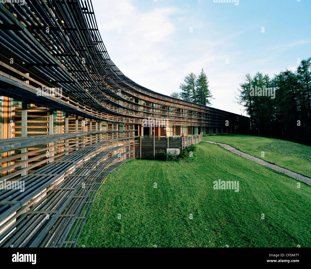 Exterior view of a hotel vigilius mountain resort for Hotel in lana sudtirol