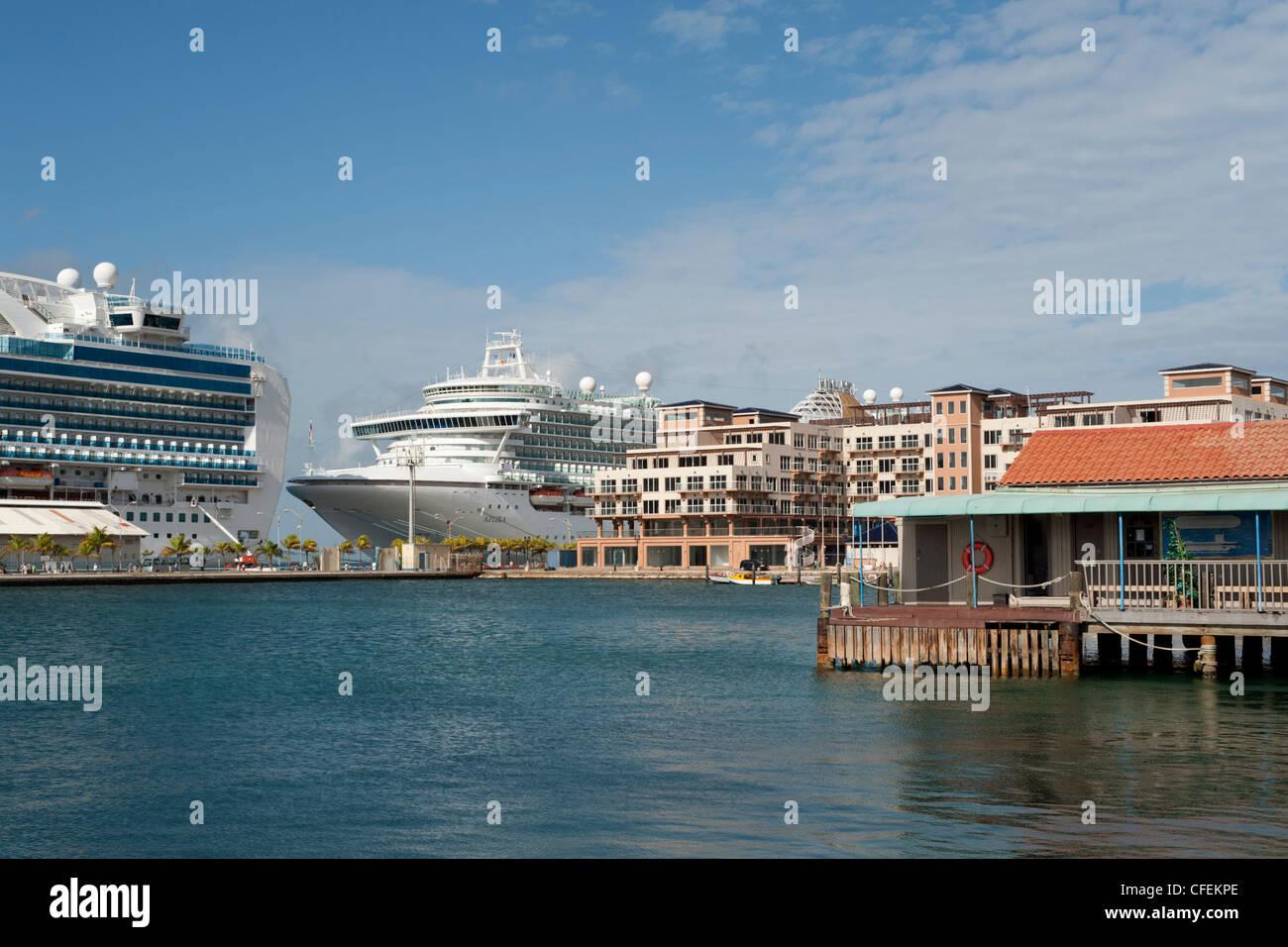 The Renaissance Marina And Cruise Ships Docked At The Terminal - Cruise ships in aruba