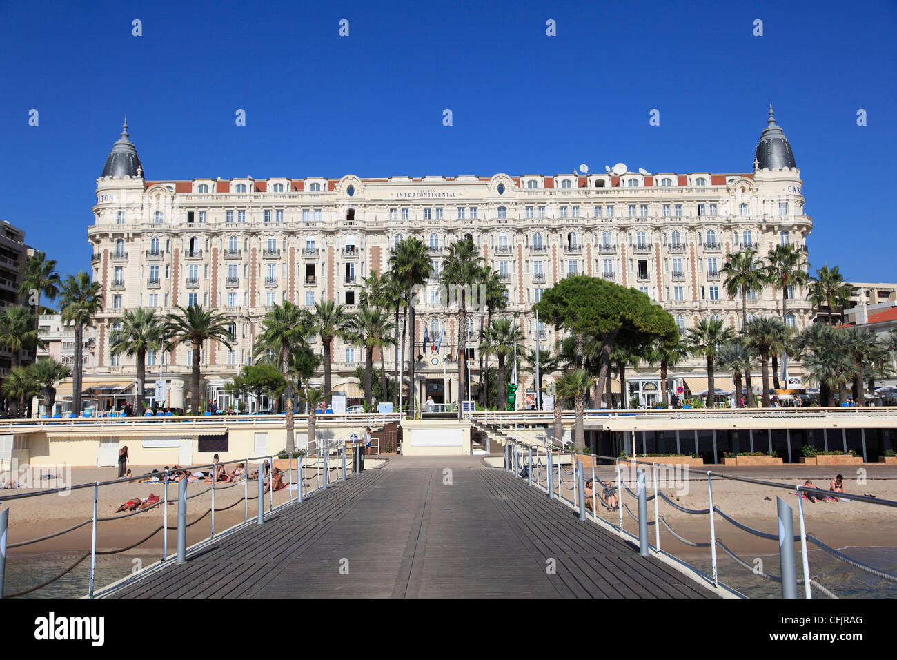 Hotel croisette cannes france for Hotels cannes