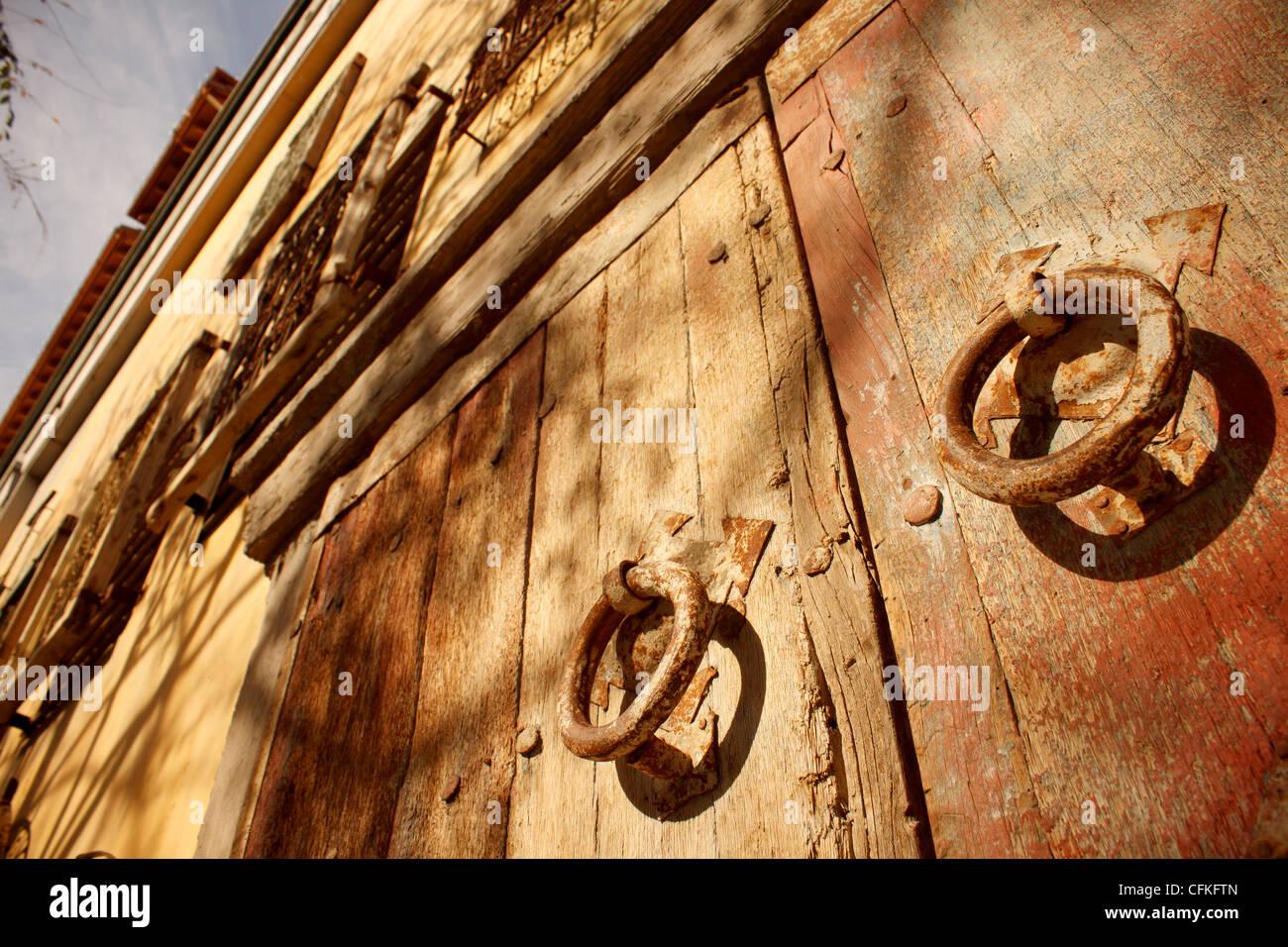 Decorating circular door images : Circular Door & Make An Enquiry