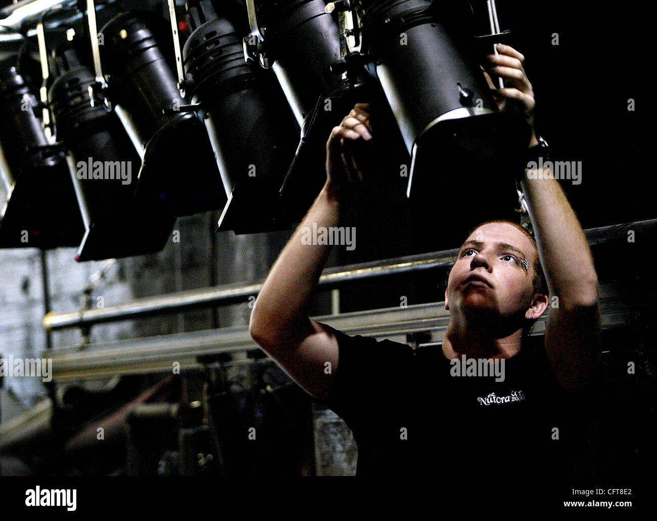 lighting technician. 121506 Tc 2 Met Mo 0031322A-Meghan McCarthy/The Palm Beach Post CLO Stuart-Lighting Technician Max Bishop, 19, Prepares The Stage For Mo\u0027s Danceworks Cirque Lighting F