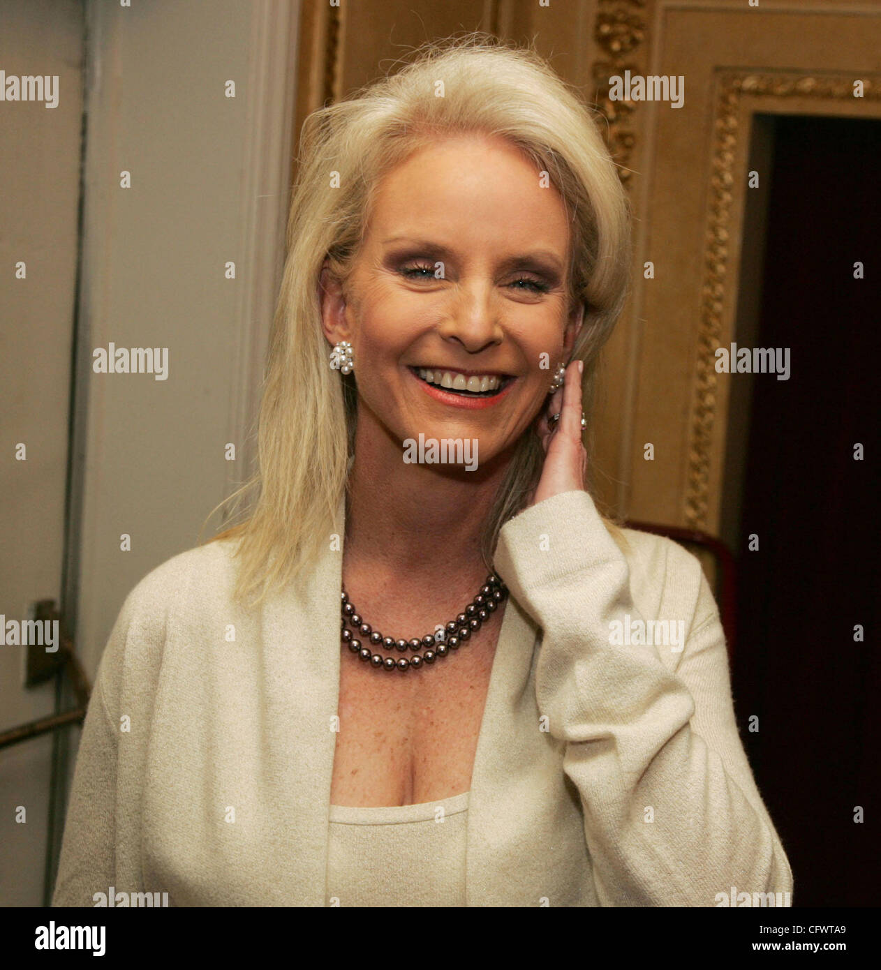 Mar 08, 2007; New York, NY, USA; Wife Of Senator John