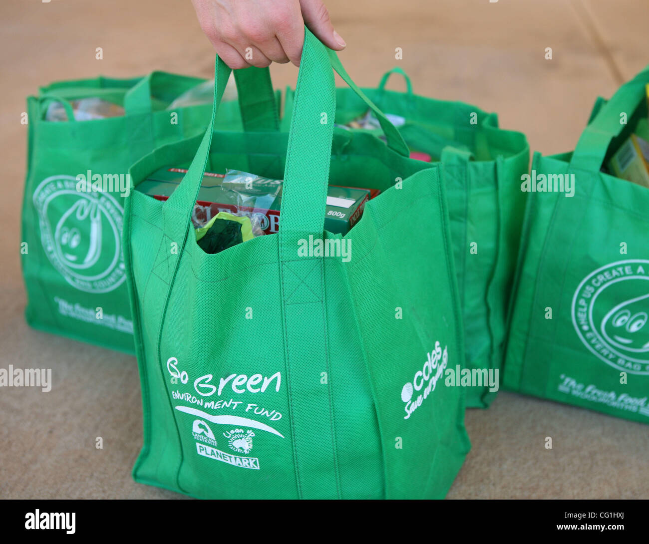 Re Usable Shopping Bags Stock Photos & Re Usable Shopping Bags ...