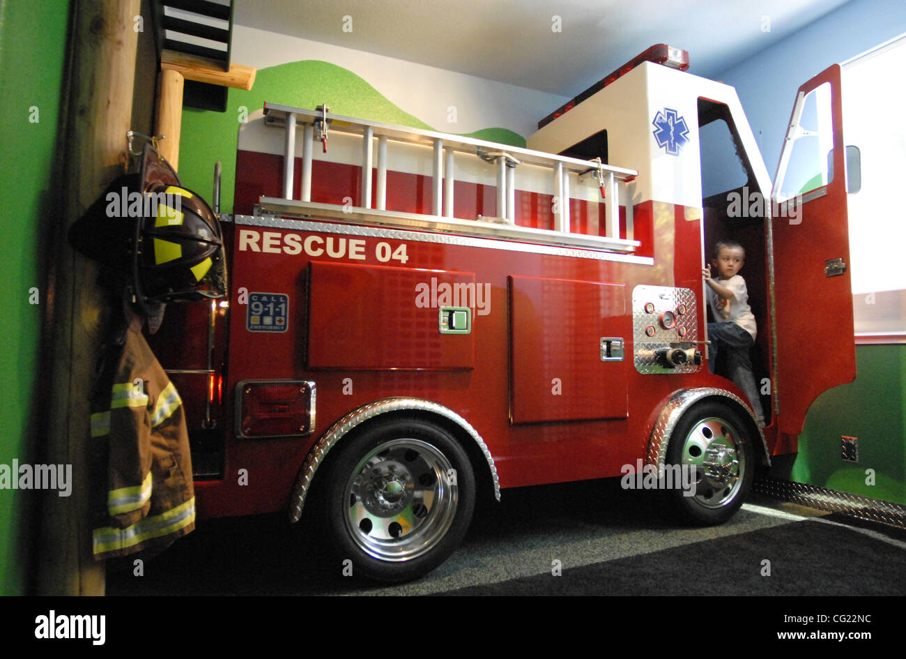 Dave matthews cq built a firetruck bed for his son trevor 5 stock photo royalty free image - Ikea fire truck bed ...