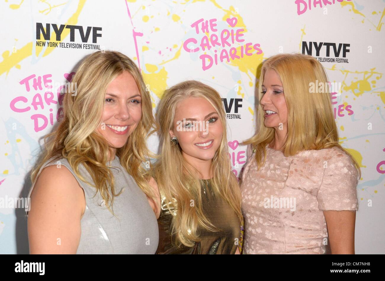 Candace Bushnell Candace Bushnell Amy B Harris At Arrivals For The Carrie Diaries