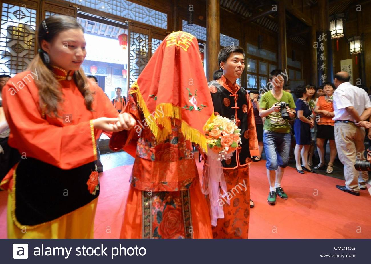 8 New Married Couples Holding A Special Low Carbon Wedding Ceremony By Wearing Chinese Ancient Costumes In Yangzhou Jiangsu China On Thursday July 19