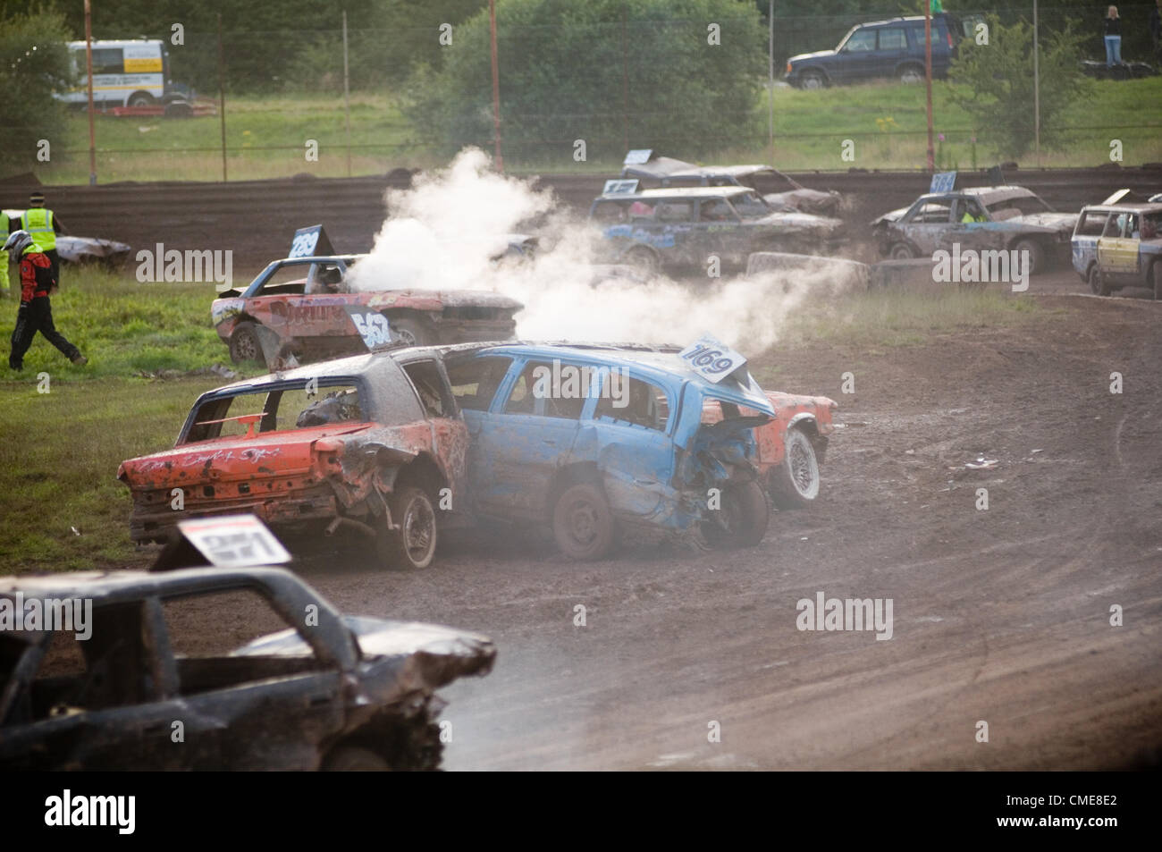 Banger race racing crash sequence track stock cars car crashes limo ...