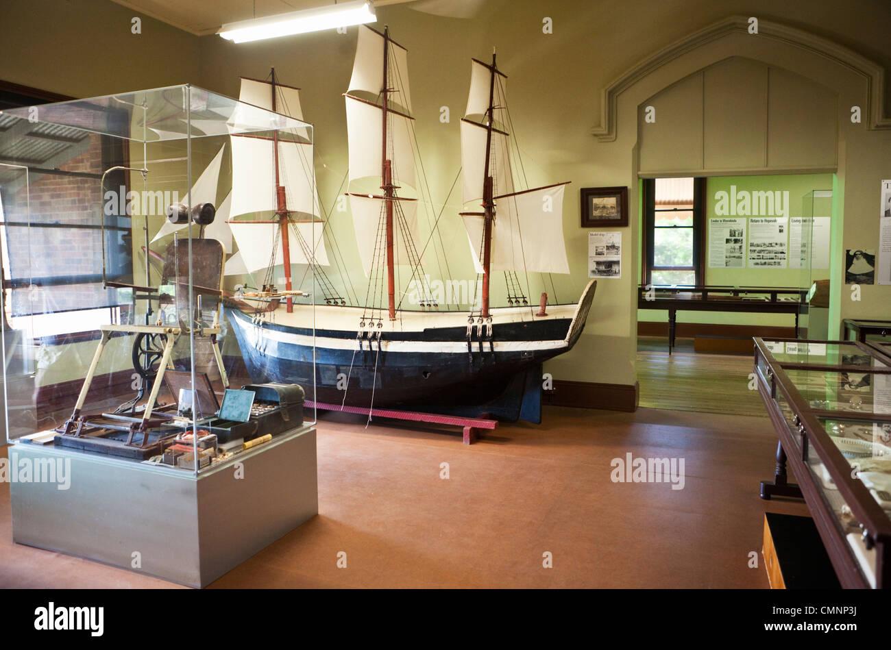 Exhibition Displays Australasia Brookvale : Exhibits in the james cook historical museum cooktown