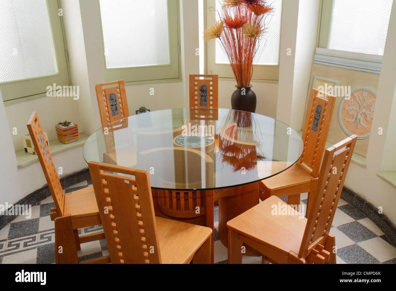 Lima Peru Barranco Avenida El Libertador San Martin Art Furniture Gallery Artesanos Don Bosco Religious Non