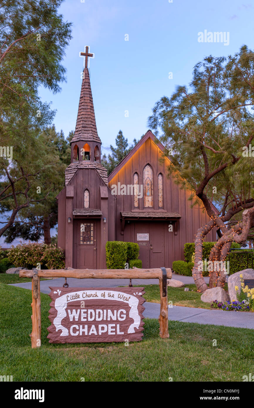 Little Church Of West Wedding Chapel Las Vegas Paradise