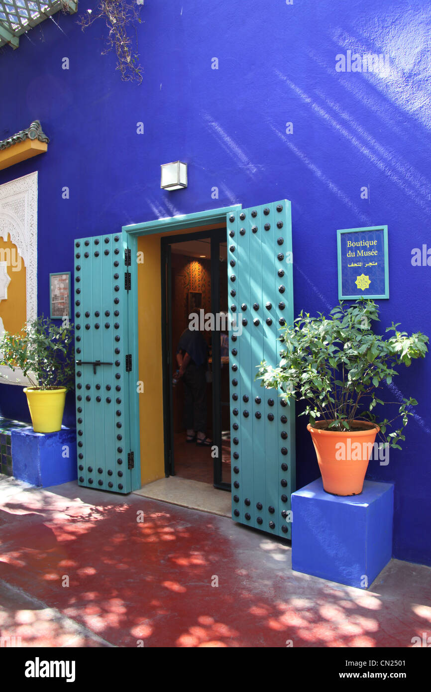 The boutique in jardin majorelle stock photo royalty free for Boutique jardin