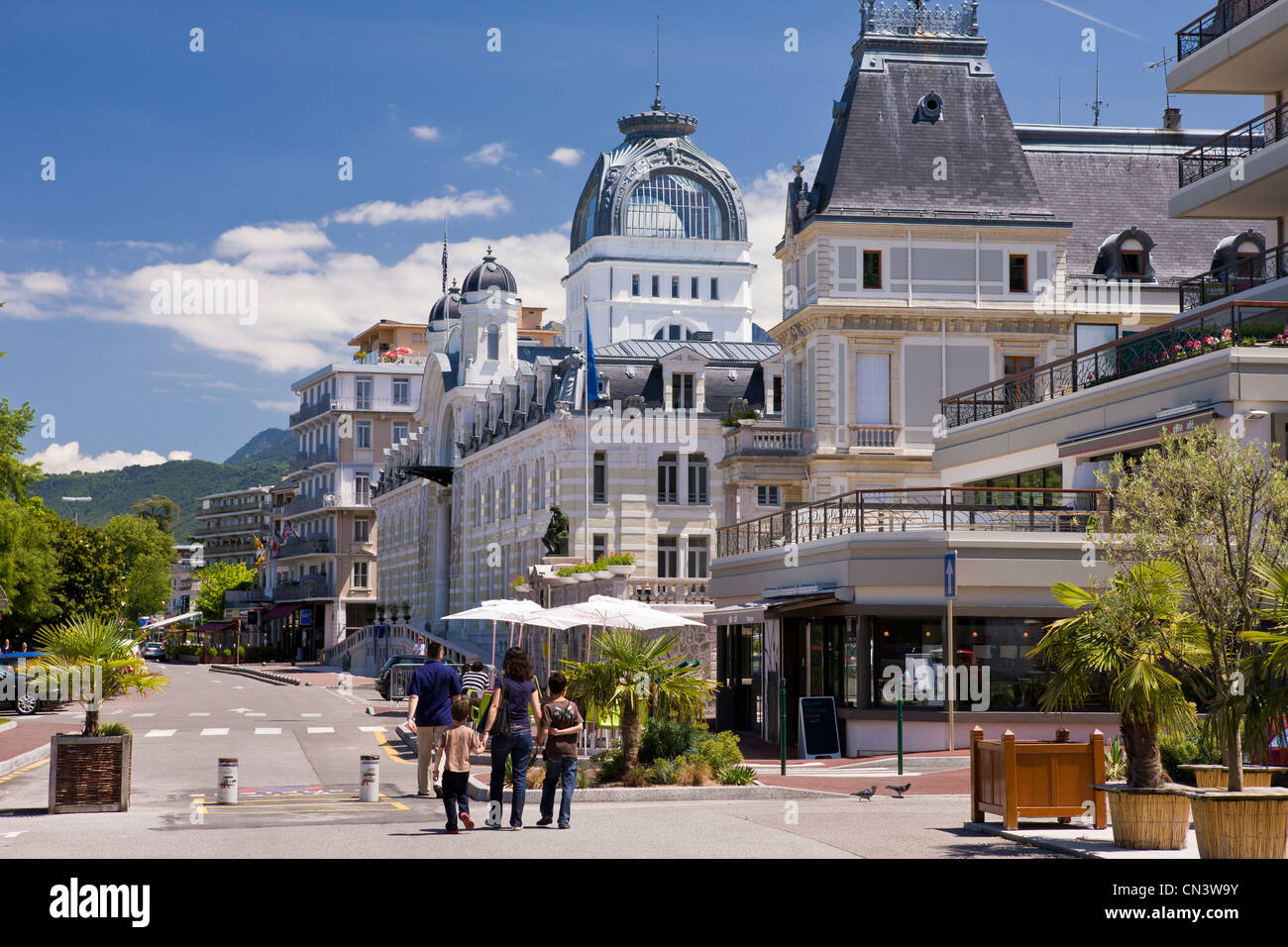 france haute savoie chablais evian les bains the city hall and le stock photo royalty free. Black Bedroom Furniture Sets. Home Design Ideas
