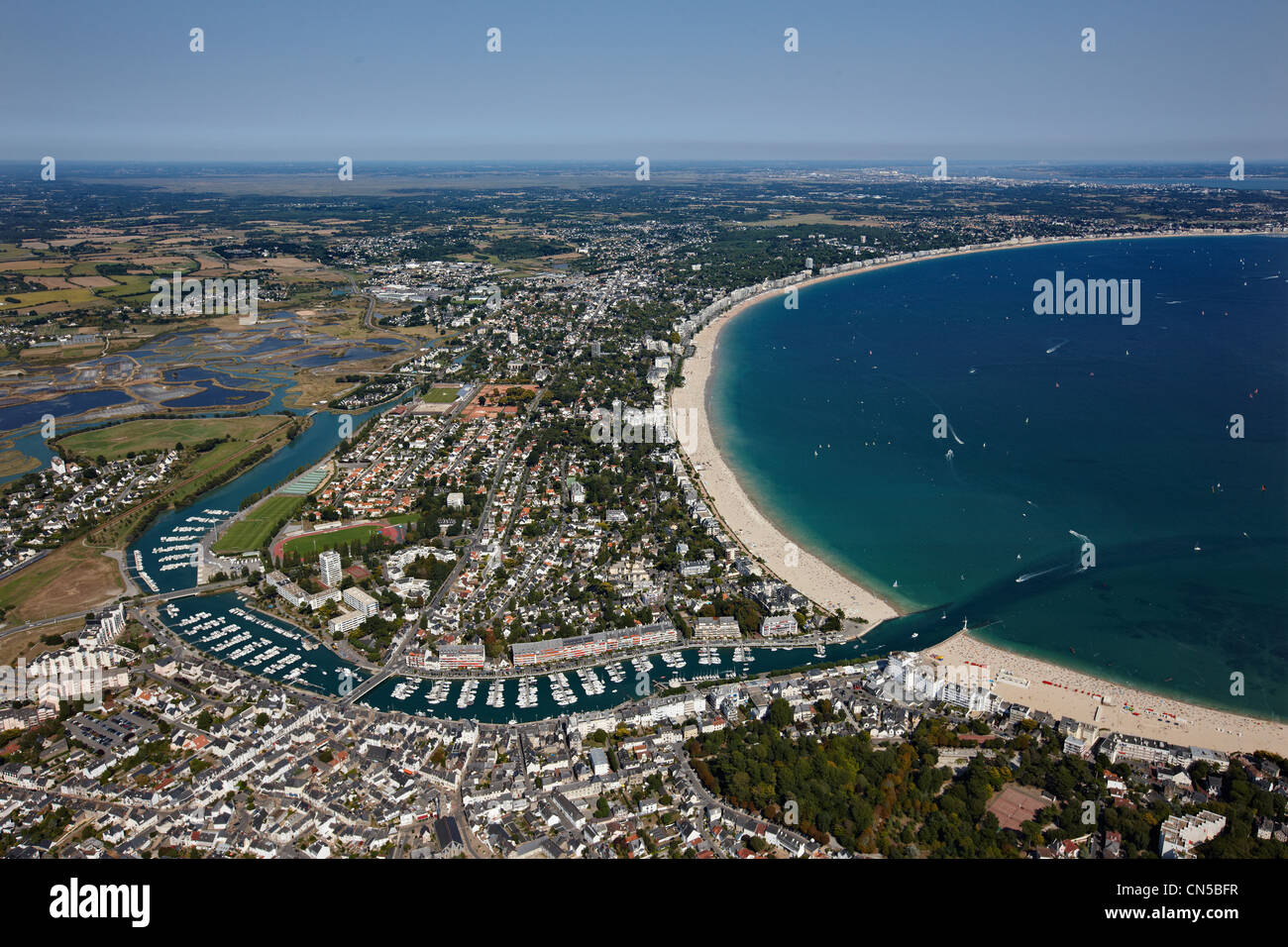 France loire atlantique baie du pouliguen la baule le pouliguen stock photo royalty free - La baule office du tourisme ...