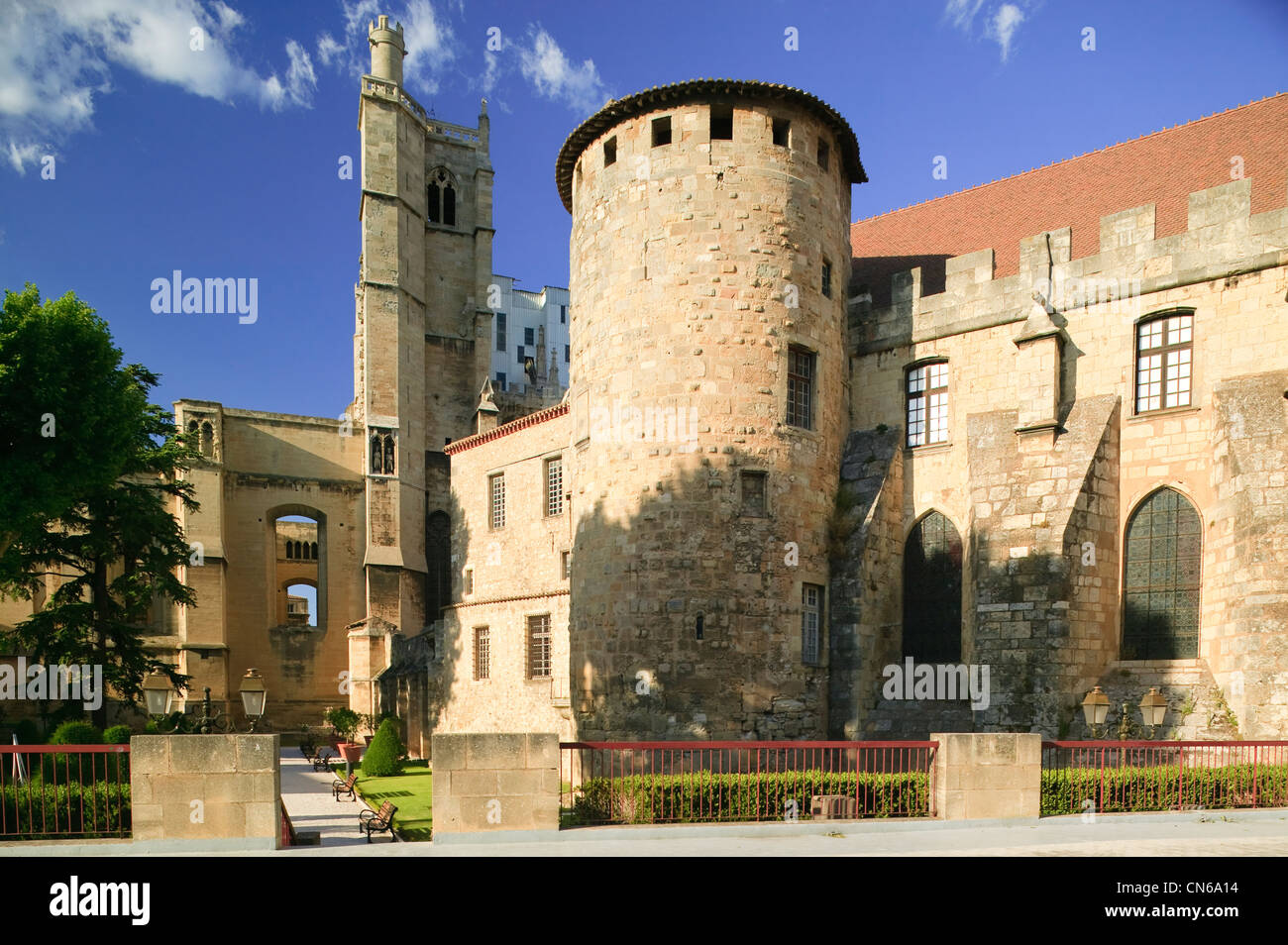 bishops palace with st just cathedrale narbonne aude languedoc stock photo royalty free image. Black Bedroom Furniture Sets. Home Design Ideas