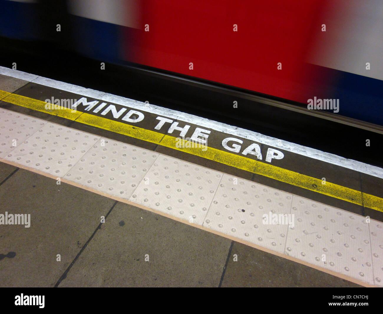 London Underground Mind The Gap