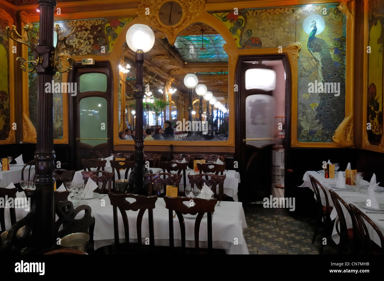 france paris art deco restaurant chez julien stock photo royalty free image 47498343 alamy. Black Bedroom Furniture Sets. Home Design Ideas
