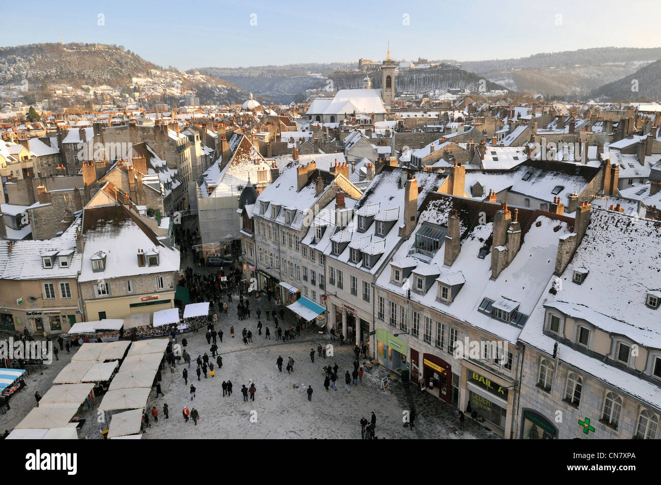 france doubs besancon revolution square christmas market city stock photo 47503186 alamy. Black Bedroom Furniture Sets. Home Design Ideas