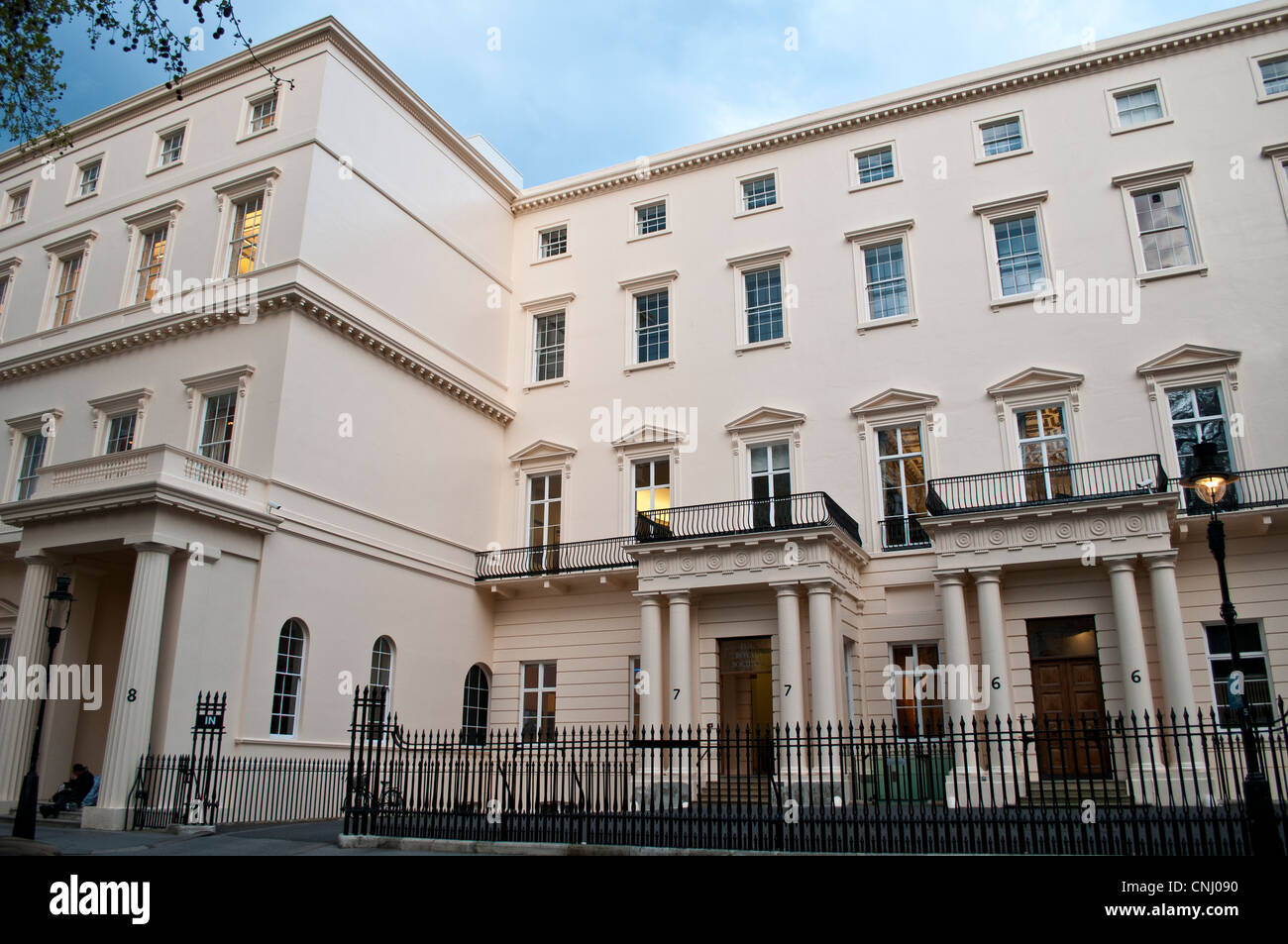 Royal society building listed houses on carlton house for 18 carlton house terrace