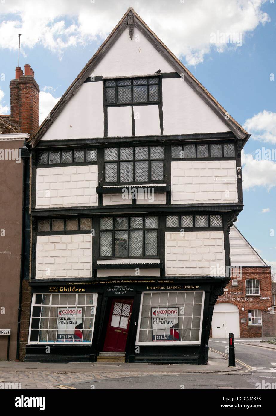 Old King\u0027s School shop with crooked red door and windows to let in Canterbury Kent UK & Old King\u0027s School shop with crooked red door and windows to let in ... Pezcame.Com