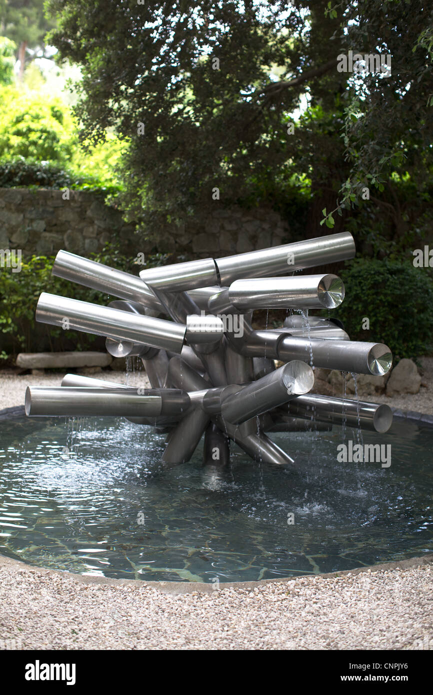 museum art sculpture metal [water fountain] tree Stock ...