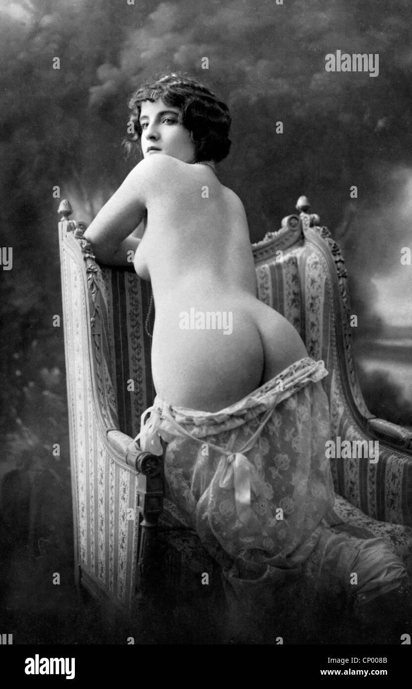 foto-golih-zhenshin-19-veka