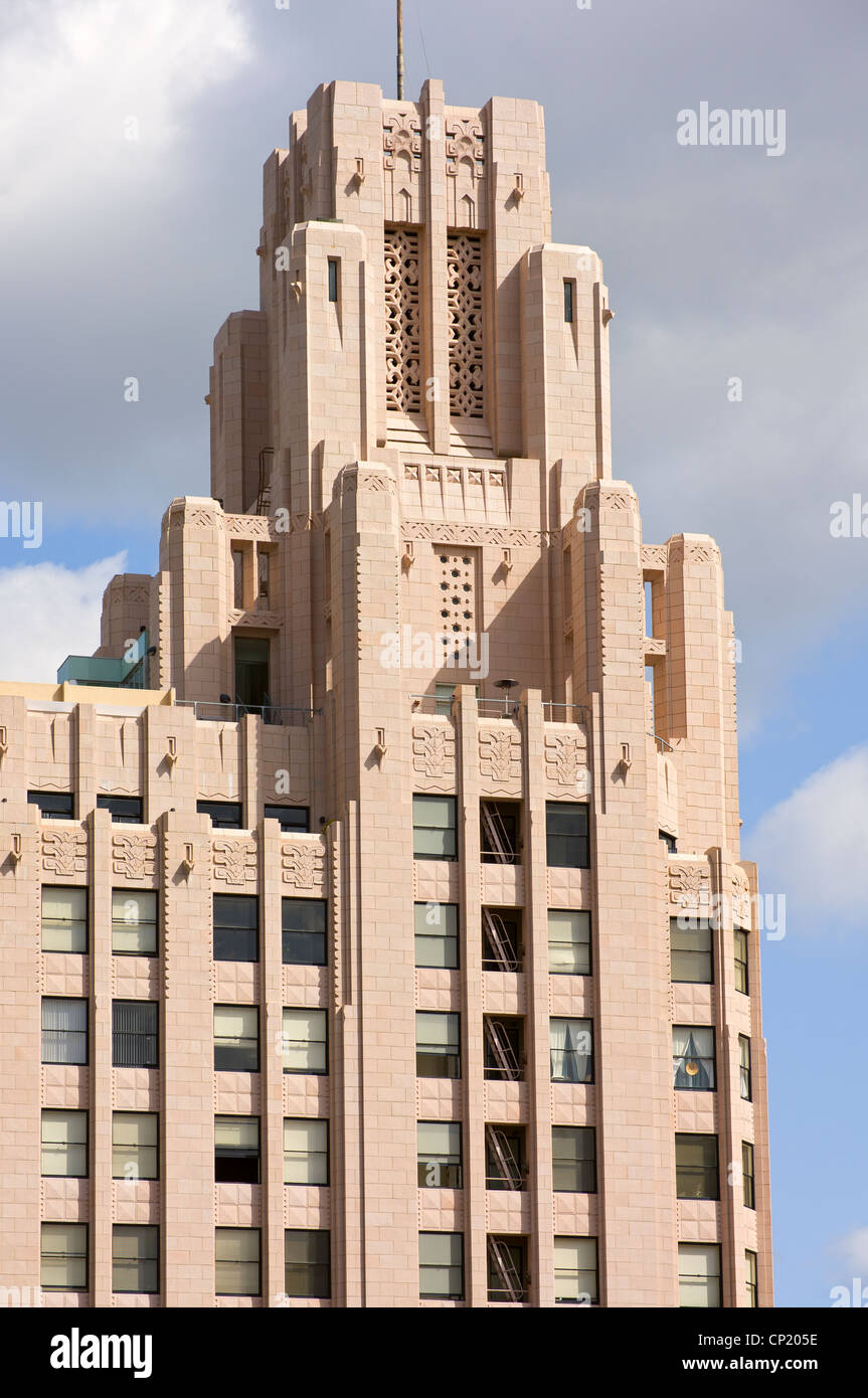 Art deco style architecture - Historic Highrise Building Of Art Deco Style In Downtown Los Angeles Stock Image