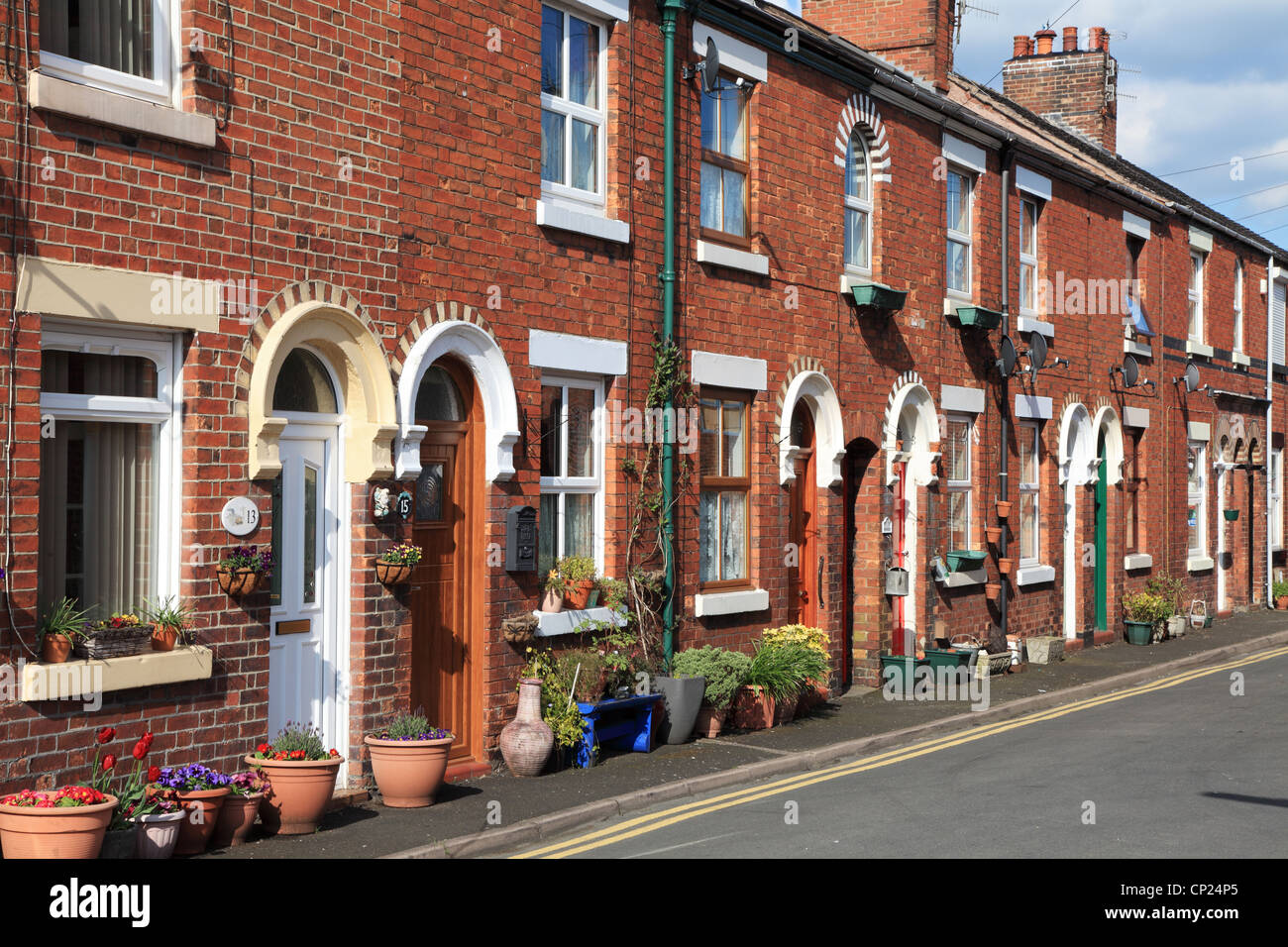 row-of-terraced-houses-in-york-street-wi