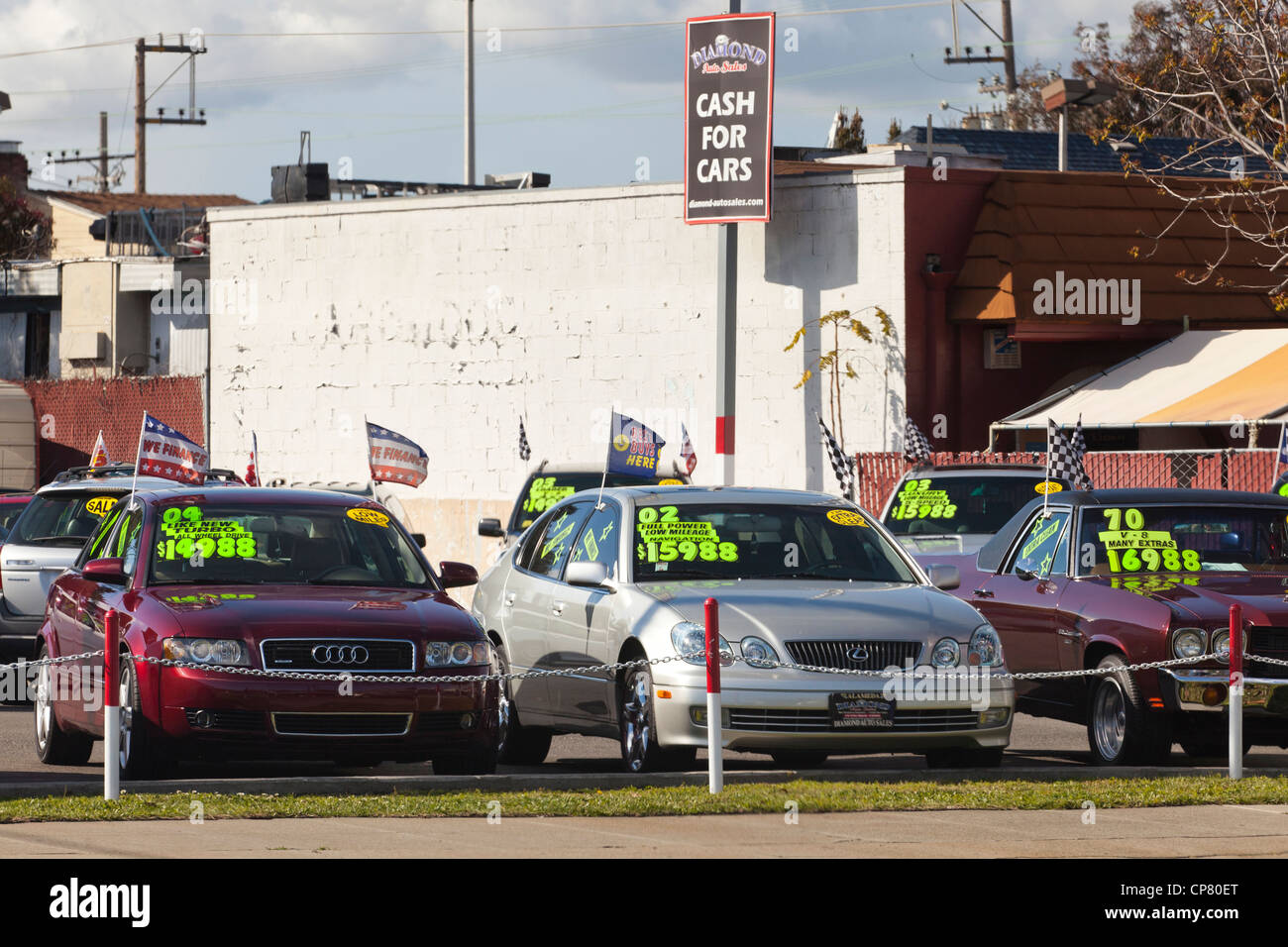 Cars on a used car sales lot - California USA Stock Photo, Royalty ...