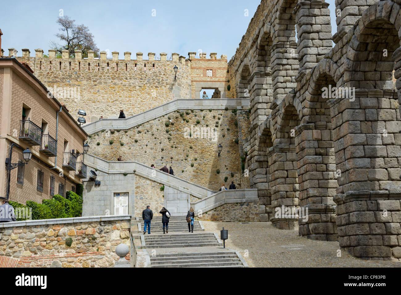 view of the roman aqueduct end at plaza del azoguejo segovia