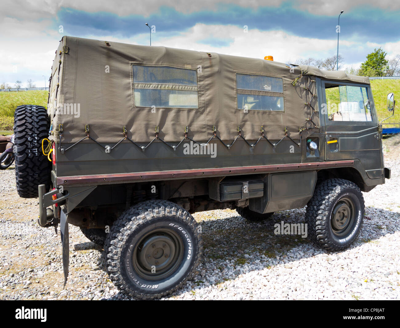 Steyr ouch pinzgauer 4wd swiss army vehicle