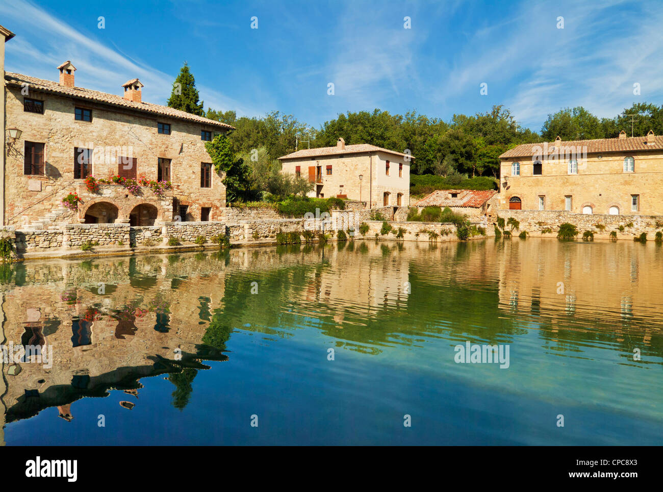 bagno vignoni piazza delle sorgenti a pool with natural hot spring val d orcia tuscany italy