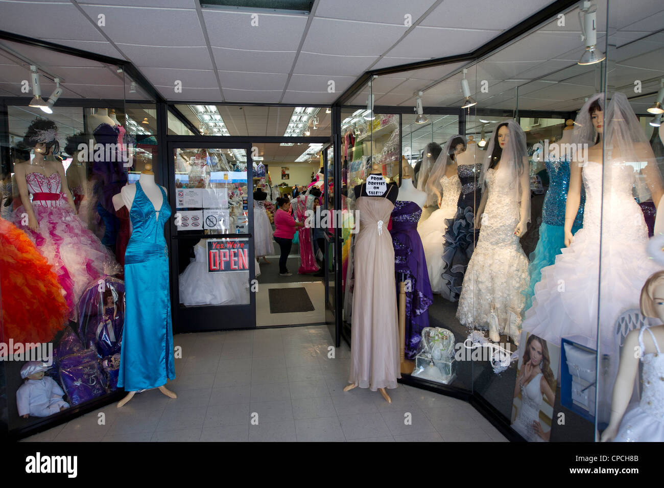 Wedding dresses store on Broadway in downtown Los Angeles Stock ...